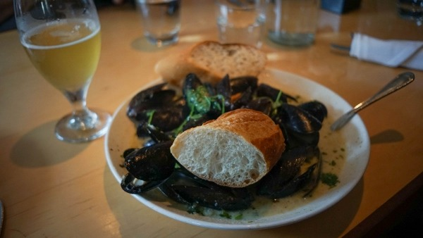 Green Curry Mussels at Park Bruges