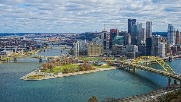 Pittsburgh Skyline from along Grandview