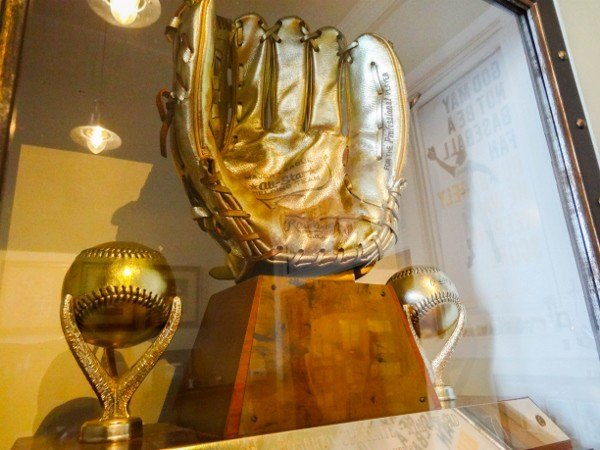 Clemente's Gold Glove Award