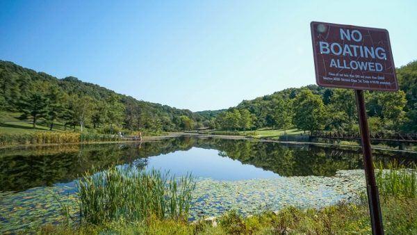 Deer Lakes Park in Pittsburgh