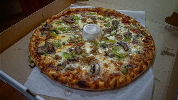 La Tavola Pizza