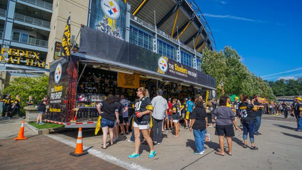 Crowds at Heinz Field Before a Game