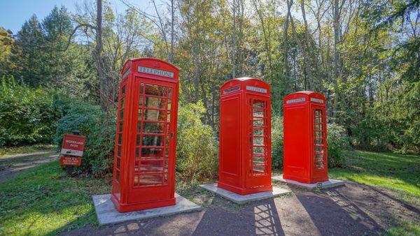 Phone Booths at Kentuck Knob