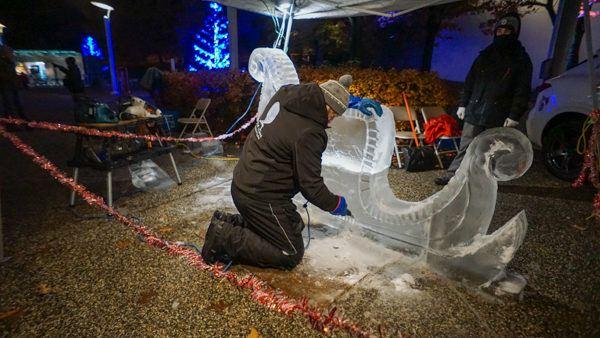 Ice Carving at NRG Santa Spectacular