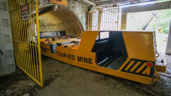 People mover to go into the coal mine at the Tour-Ed Mine