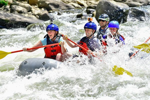 White Water Rafting the Lower Youghiogheny