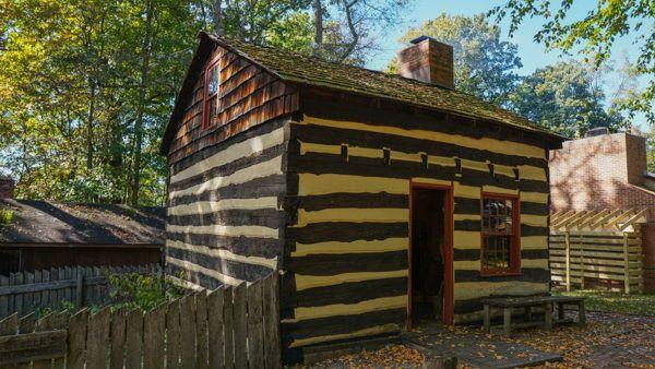 1800s log cabin in southwest PA